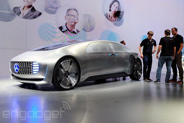 CES_2015_Mercedes_F_015_Luxury_in_Motion__.jpg