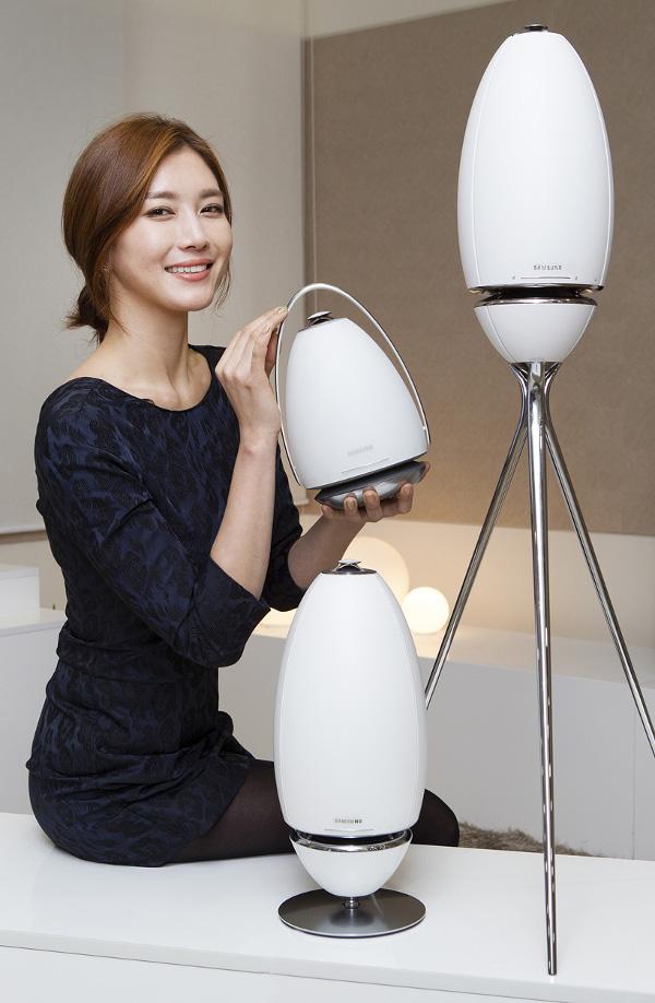 CES_2015_Samsung_Ring_Speaker_.jpg