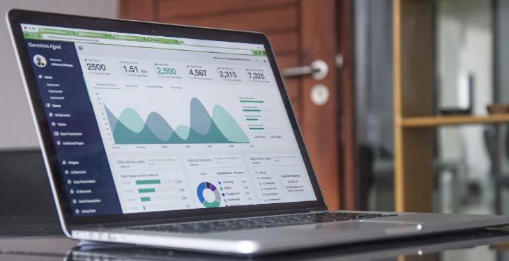 PPC internet marketing laptop