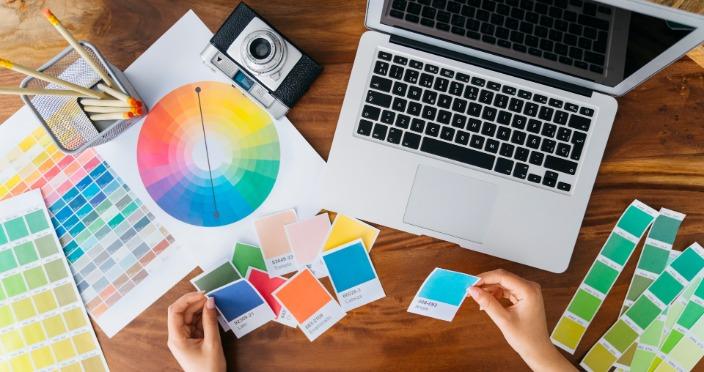 tendințe de culori în designul web
